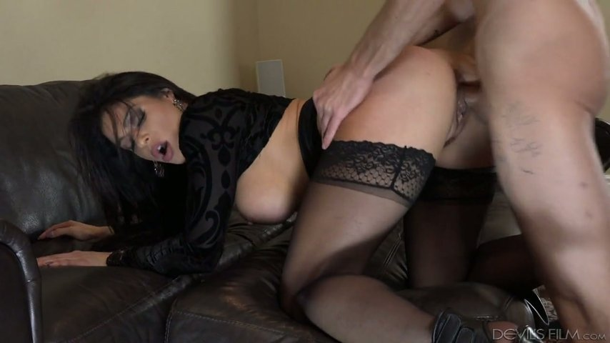 Busty Milf Nikki Capone seduces a young guy for sex